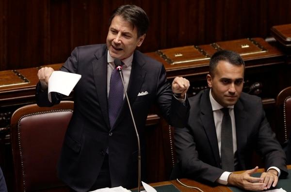 El primer ministro italiano, Giuseppe Conte, habló este lunes 9 de setiembre del 2019 ante la Cámafra de Diputados para pedir un voto de confianza a su gobierno. A su lado, Luigi Di Maio, canciller.