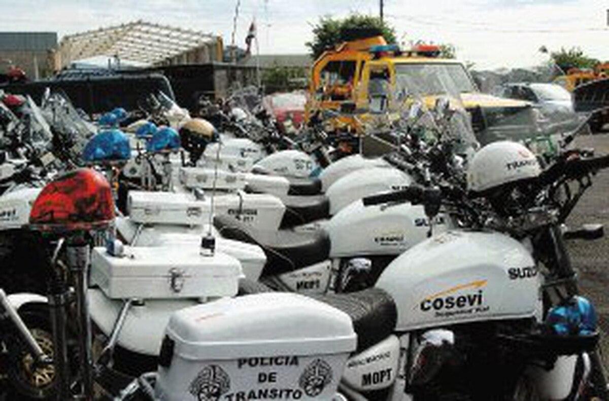 Bandas se apoderan de ¢8.400 millones en vehículos - La Nación