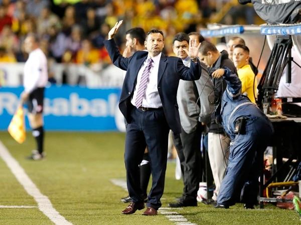 Jeaustin Campos, el entrenador del Deportivo Saprissa, ayer insistió una vez más en que su equipo fue superior futbolísticamene en las derrotas ante el Team (3-2 en Heredia) y Alajuelense (0-2 en la Cueva ). | CARLOS BORBÓN