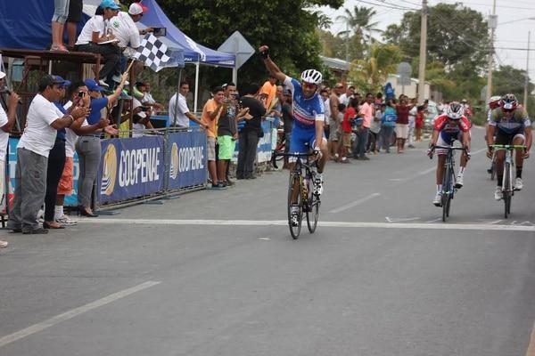 Henry Raabe ganó al sprint en Liberia.