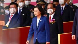 Presidenta de Taiwán asegura que la isla no se doblegará ante China