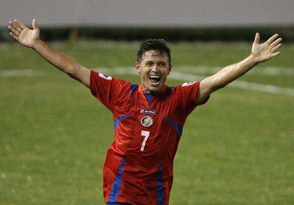 Rolando Fonseca jugó en la Selección durante casi dos décadas, de 1992 al 2001. Es el goleador histórico de la Tricolor , con 47 dianas.   AFP