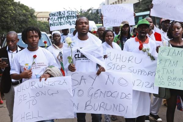 Activistas keniatas protestan contra asesinatos en Burundi. | EFE
