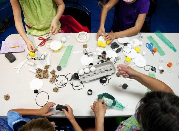 Ciencia, tecnología, ingeniería y matemáticas (STEAM, por sus siglas en inglés) es una modalidad de aprendizaje disponible para los niños durante estas vacaciones.