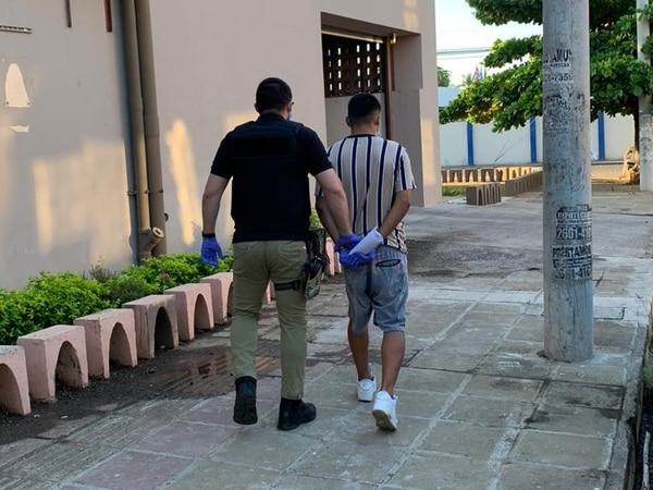 Díaz Araya, de 23 años, fue detenido como sospechoso del asesinato de Roylan Francisco Vásquez Martínez, de 20. Foto: OIJ para LN