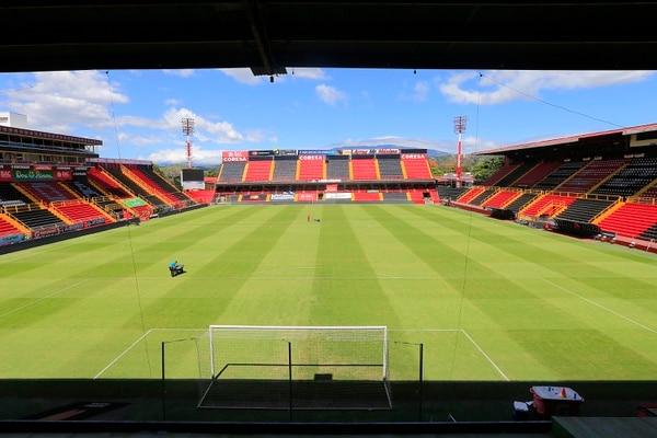 Alajuelense es uno de los equipos que está a favor del regreso de los aficionados a los estadios. El campeón nacional incluso tiene un plan listo para sus socios. Fotografía: Rafael Pacheco