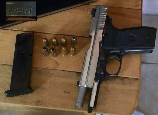 El OIJ decomisó ocho armas de fuego. | OIJ PARA LA NACIÓN.