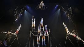 El Cirque du Soleil camina por la cuerda floja