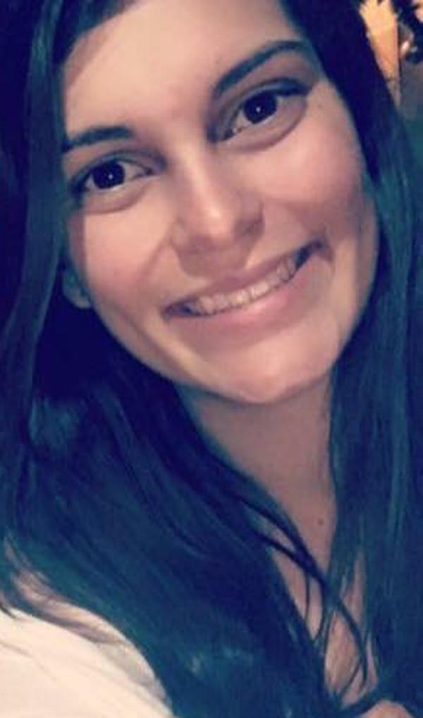 Delia Gutiérrez, joven profesional, fue la fallecida luego de una emboscada sufrida cuando viajaba con uno de sus mejores amigos. Foto: Cortesía.