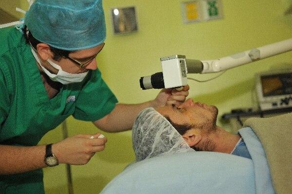 La clínica también tiene nuevas técnicas en trasplante de córnea.. | ARCHIVO