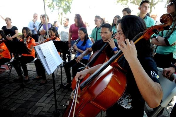 A lo largo del país hay varias escuelas del Sinem que educan a niños y jóvenes en la música.