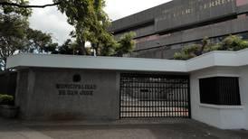 Vicealcalde de San José y 17 funcionarios sancionados por 'contratación irregular' de ¢624 millones