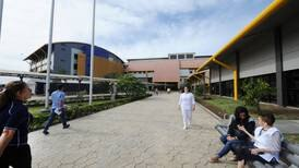 Nuevo brote de covid-19 obliga a hospital de Heredia a referir emergencias al México