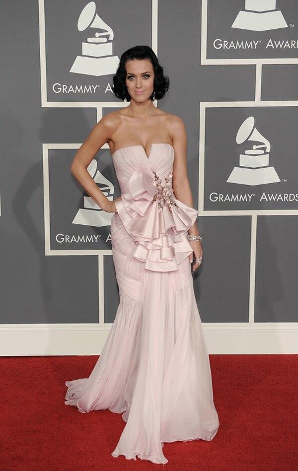Katy Perry aseguró que el desnudarse es un juego de doble filo. Por eso, aconsejó saber usar la carta. Foto: AP