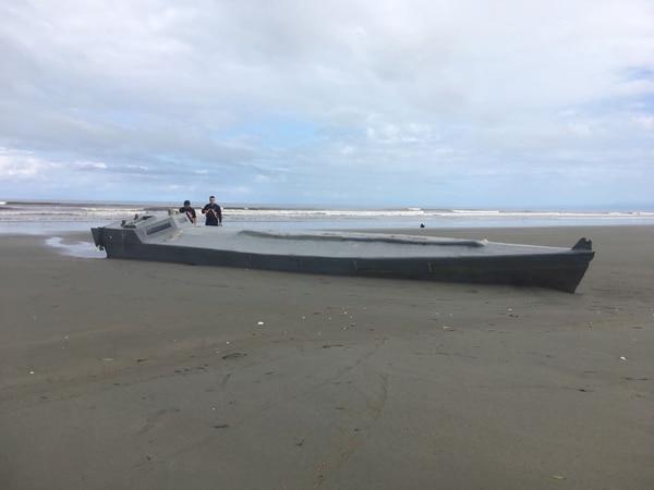 El semisumergible hallado en aguas ticas será puesto a flote y llevado a puerto para ser inspeccionado.
