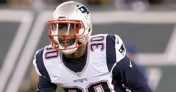 Duron Harmond juega en la posición de Safety y suele usar la camiseta número 30. Foto tomada de la página oficial de New England Patriots
