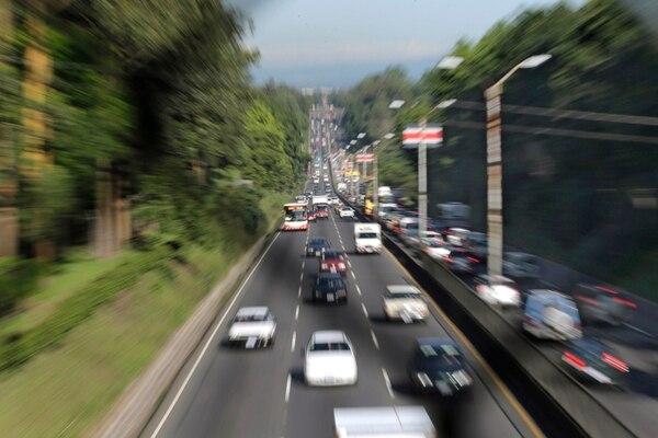 El diésel y la gasolina son los combustibles de mayor venta en el país, unos 1.000 millones de litros al año, en promedio cada uno. | ALBERT MARÍN.