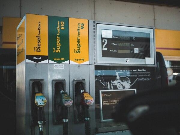 Una gasolinera en Alemania. La gasolina del medio, la E10, contiene 10% de etanol.