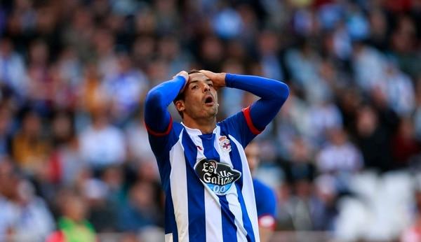 Celso Borges jugó 71 minutos en una nueva derrota del Deportivo La Coruña.   ARCHIVO