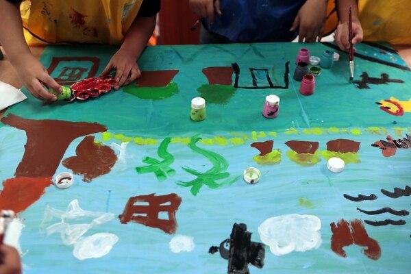 En el Centro Cívico de Guararí, imparten también talleres a niños, entre los 7 y 12 años. Foto: Alonso Tenorio