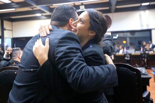 Silvia Sánchez segundos después de resultar electa vicepresidenta.