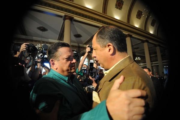 Johnny Araya con Luis Guillermo Solís
