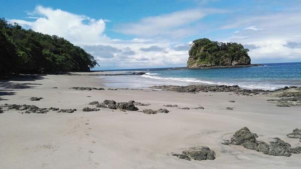 Playa Roble: Otra vista de esta hermosa playa, ubicada en Bahía de los Piratas, al sur de Conchal.