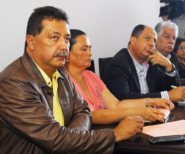 Víctor Morales Zapata (izquierda) formó parte del equipo de estrategia de campaña del hoy presidente Luis Guillermo Solís (derecha). | MARIO ROJAS