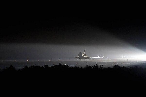 El transbordador espacial Endeavour durante su última misión.