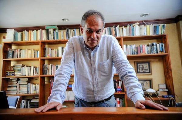 En el 2007 Carlos Cortés también ganó Premio Nacional de Ensayo por el ensayo-ficción La gran novela perdida . | RAFAEL MURILLO.