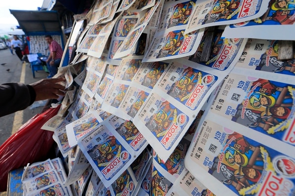 El impuesto a los premios de la lotería constituye una de las medias. Foto: Rafael Pacheco