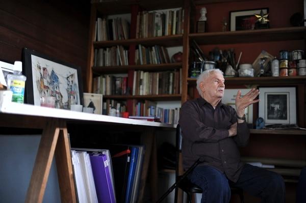 Además de arquitecto y artista, Felo García es gestor y piloto. Foto: Jorge Navarro Trejos