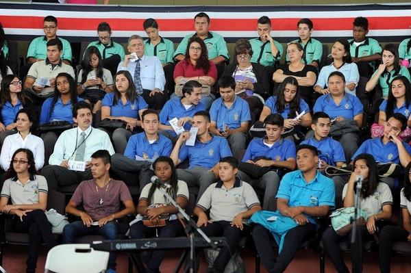 Tanto estudiantes como personal docente y público en general, disfrutaron de las interpretaciones musicales. Foto: Melissa Fernandez