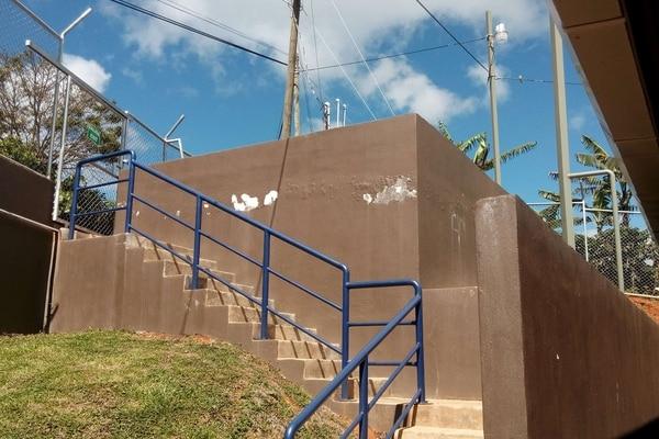 21/11/2017. Liceo Rural San Isidro de León Cortés, presenta daños en infraestructura. Es uno de los dos colegios que se han entregado con el fideicomiso educativo del MEP. Foto cortesía