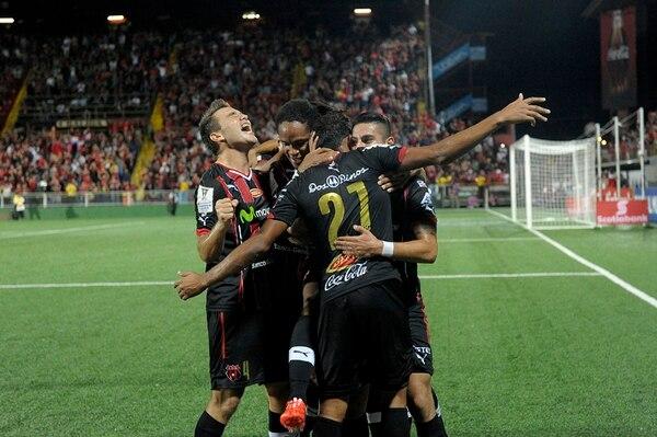 Kenner Gutiérrez gritó a más no poder el gol de José Guillermo Ortiz (21) en el epílogo del juego ante el DC United. | MELISSA FERNÁNDEZ