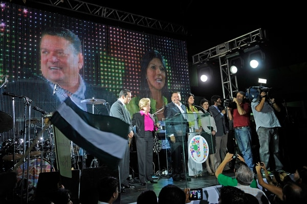 Liberación gastó más de ¢6.200 millones en la campaña electoral que comenzó en octubre del 2013, con Johnny Araya como candidato. No obstante, solo puede cobrar al TSE un máximo de ¢5.260 millones.   ARCHIVO
