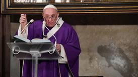 Vaticano matiza posición del papa Francisco sobre las uniones homosexuales