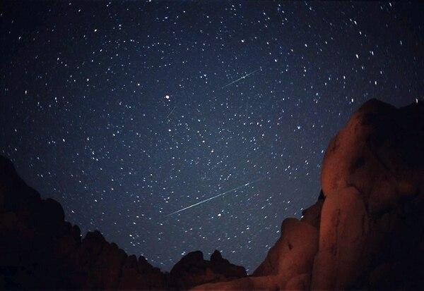 Los interesados en ver la lluvia de meteoros no requieren de implementos especiales como binoculares o telescopios para hacerlo. Foto: Archivo.