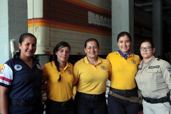 Suspendido el viaje de 68 rescatistas ticos a México