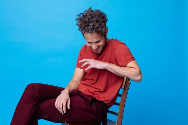 Vicente García está nominado a los Latin Grammy 2019 en dos categorías. Con el disco 'Candela' compite por mejor álbum fusión tropical y la canción 'Ahí, ahí' en la categoría grabación del año. Foto: Cortesía Sony Music.