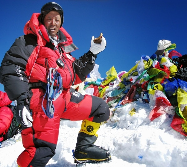 El montañista nepalí Apa Sherpa.