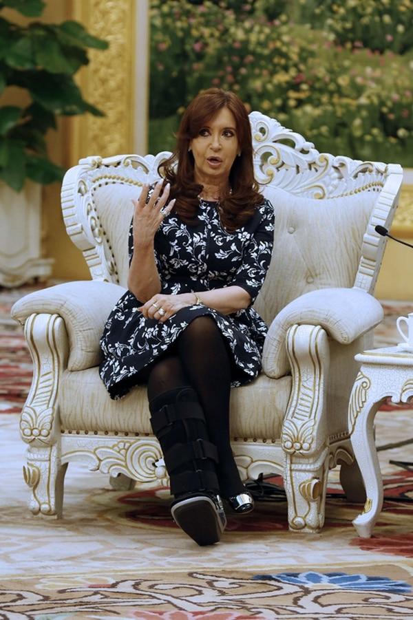 Cristina Fernández, ayer, durante una actividad en Pekín. | AFP