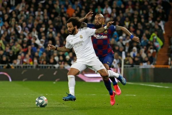 Real Madrid y Barcelona se enfrentaron en marzo en el Santiago Bernabéu como parte de la presente temporada que todavía no tiene fecha de reinicio después de lo sucedido con el coronavirus. Fotografía: AP