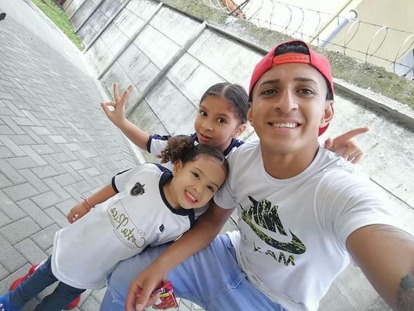 Byron Bonilla tiene a sus hijas como sus principales motivaciones. Fotografía: Cortesía