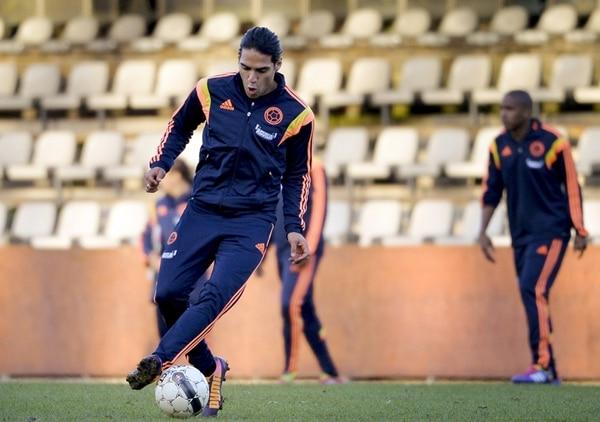 Radamel Falcao se entrenó en el estadio belga Rey Balduino. | AFP