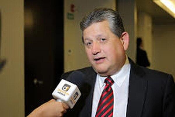 Raúl Pinto, presidente de Alajuelense, considera que los partidos en el Nacional siempre son rentables.