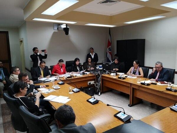 La Comisión de Nombramientos de la Asamblea Legislativa eligió este jueves las ternas para cada una de las tres plazas vacantes en la Sala III. Foto: Asamblea Legislativa.