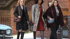 Melissa McCarthy, Tiffany Haddish y Elisabeth Moss son las reinas de la mafia neoyorquina