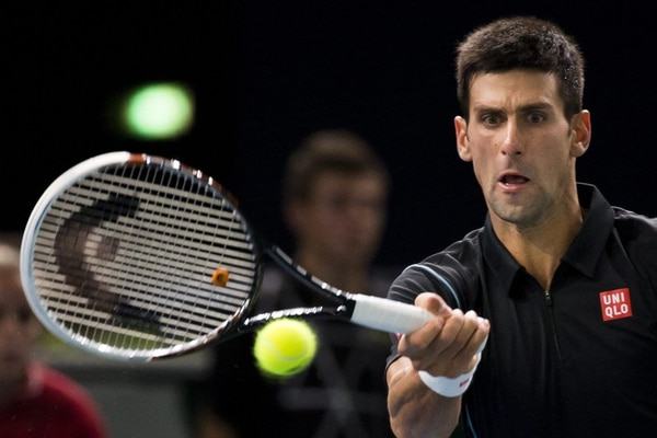 Novak Djokovic dejó en el camino a Pierre-Hugues Herbert en Masters de Bercy.