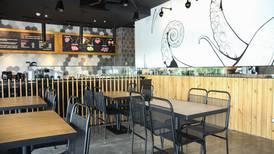 Restaurante Poke donará el 10% de sus ganancias a familias de escasos recursos